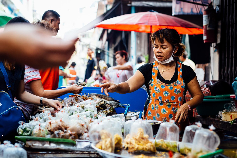 Bangkok-Thailand-Travel-Photography-People-Street-Vendor-Food.jpg