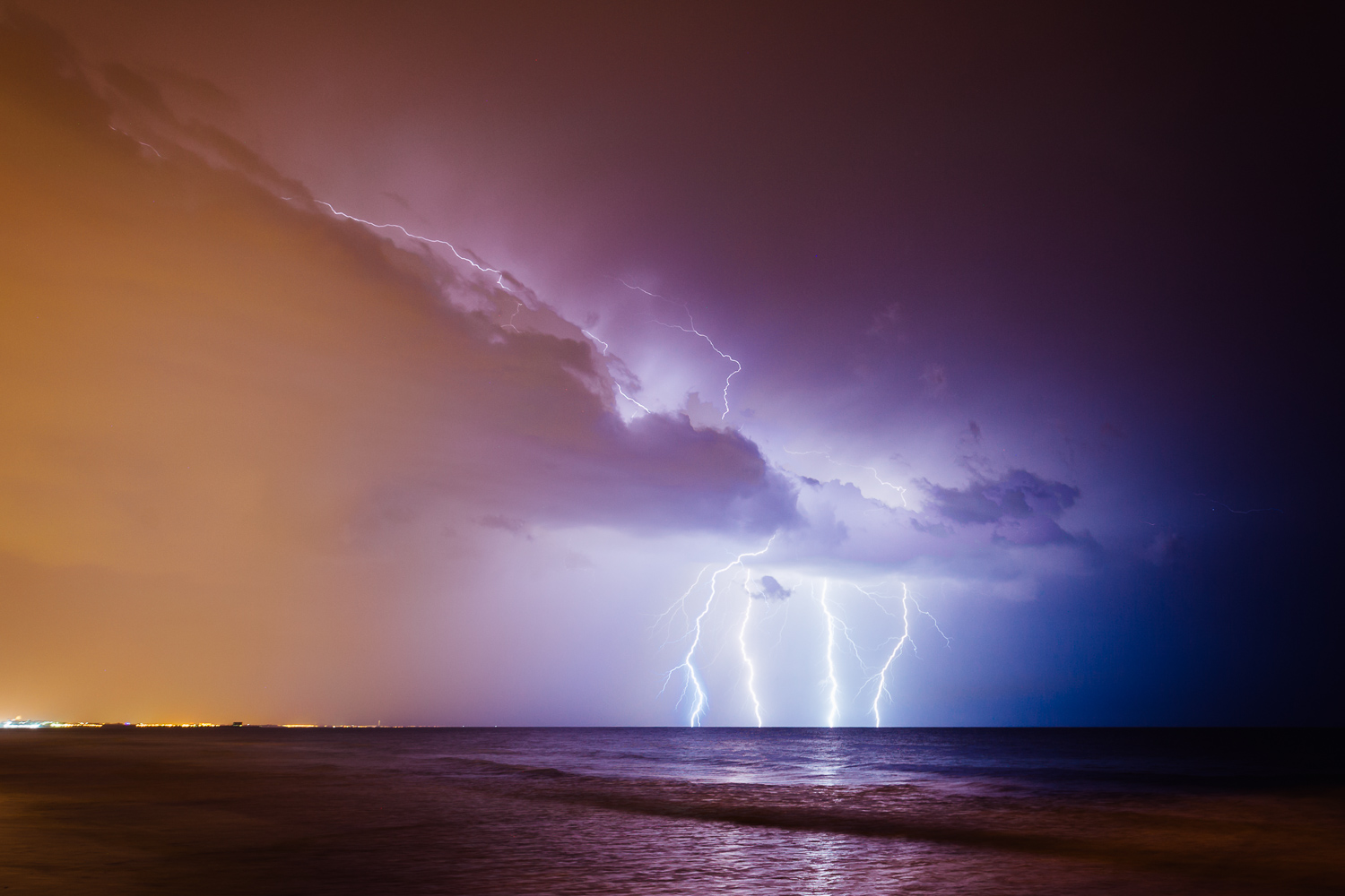 Lightning-Night-Clouds-Durazo-Photography-Project-Travel.jpg