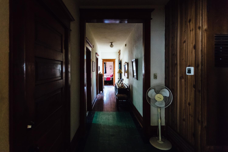 Interior-Hallway-Mexico-Family-Home-Durazo-Photography