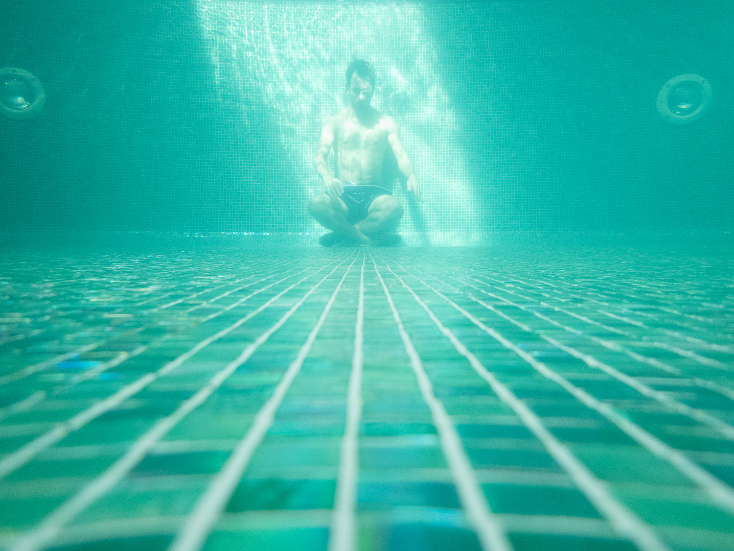 Underwater-Pool-Test-Reject-Photography-Turquoise-RAW-7.jpg