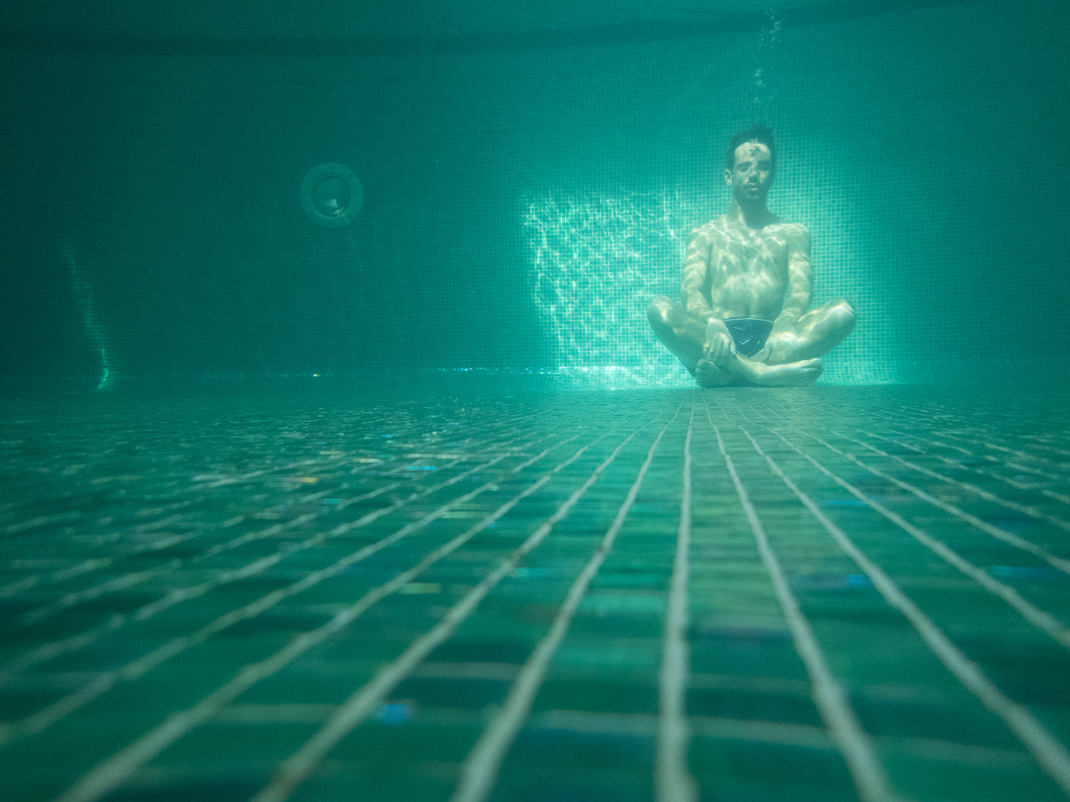 Underwater-Pool-Test-Reject-Photography-Turquoise-RAW.jpg