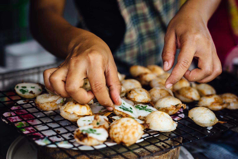 Food-Preparation-Snack-Tradition-Street-Market-Thailand-Daniel-Durazo-Photography.jpg