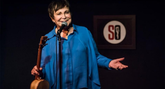 Featured Article: Comedy Cougar D'yan Forest Steals the Show at 82 - Freelanced for Frenchly (formerly French Morning)