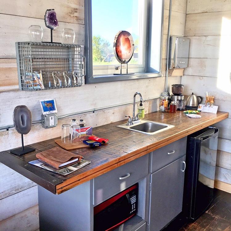 KitchenInteriorHouzeV-2.jpg