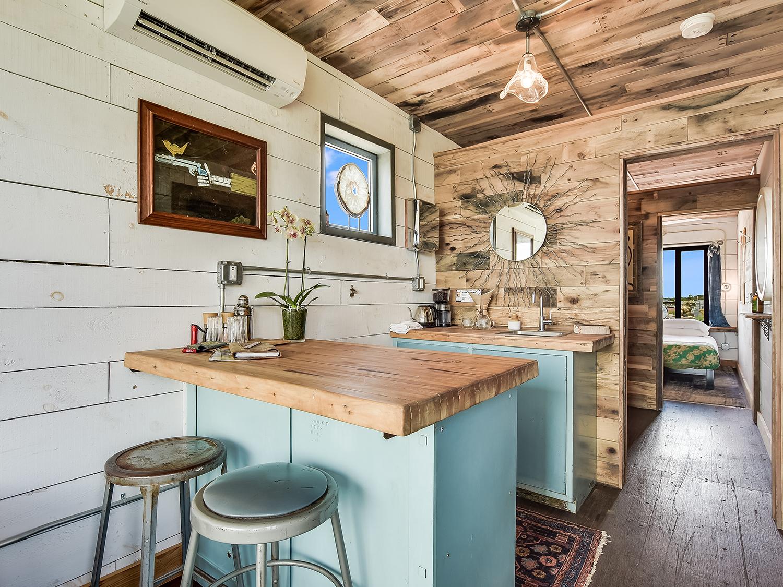 018_Unit 1 Kitchen Bar.jpg