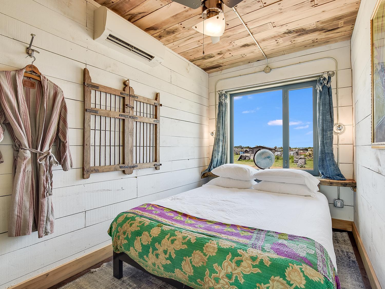 019_Unit 1 Bedroom.jpg