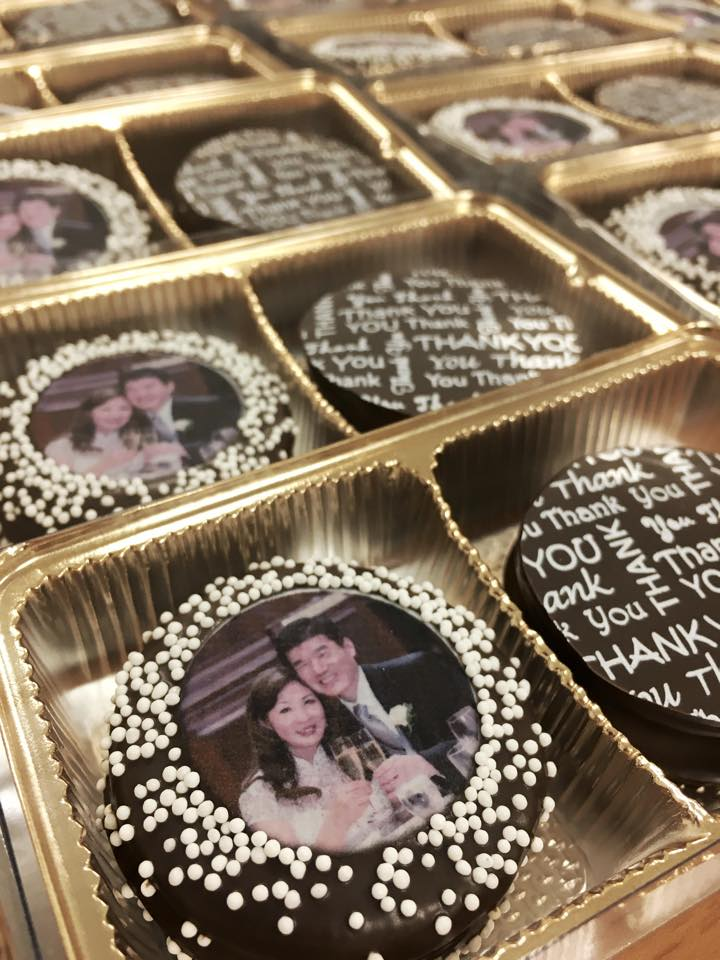 """""""Wedding Thank You"""" Oreo Two-Pack"""