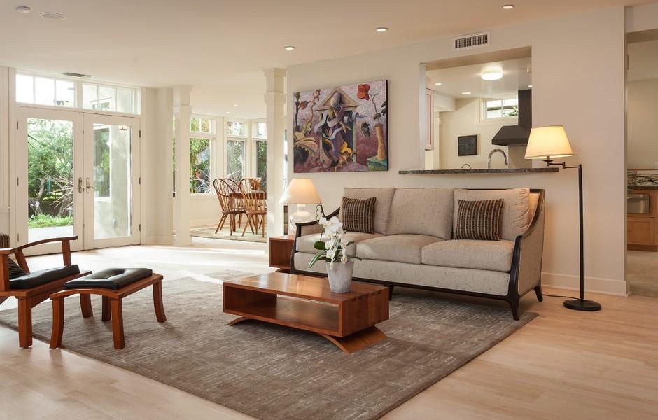 004_-W-81st-St-Playa-del-Rey-print-007-13-Living-Room-4200x2801-300dpi_004_web-940x600.jpg