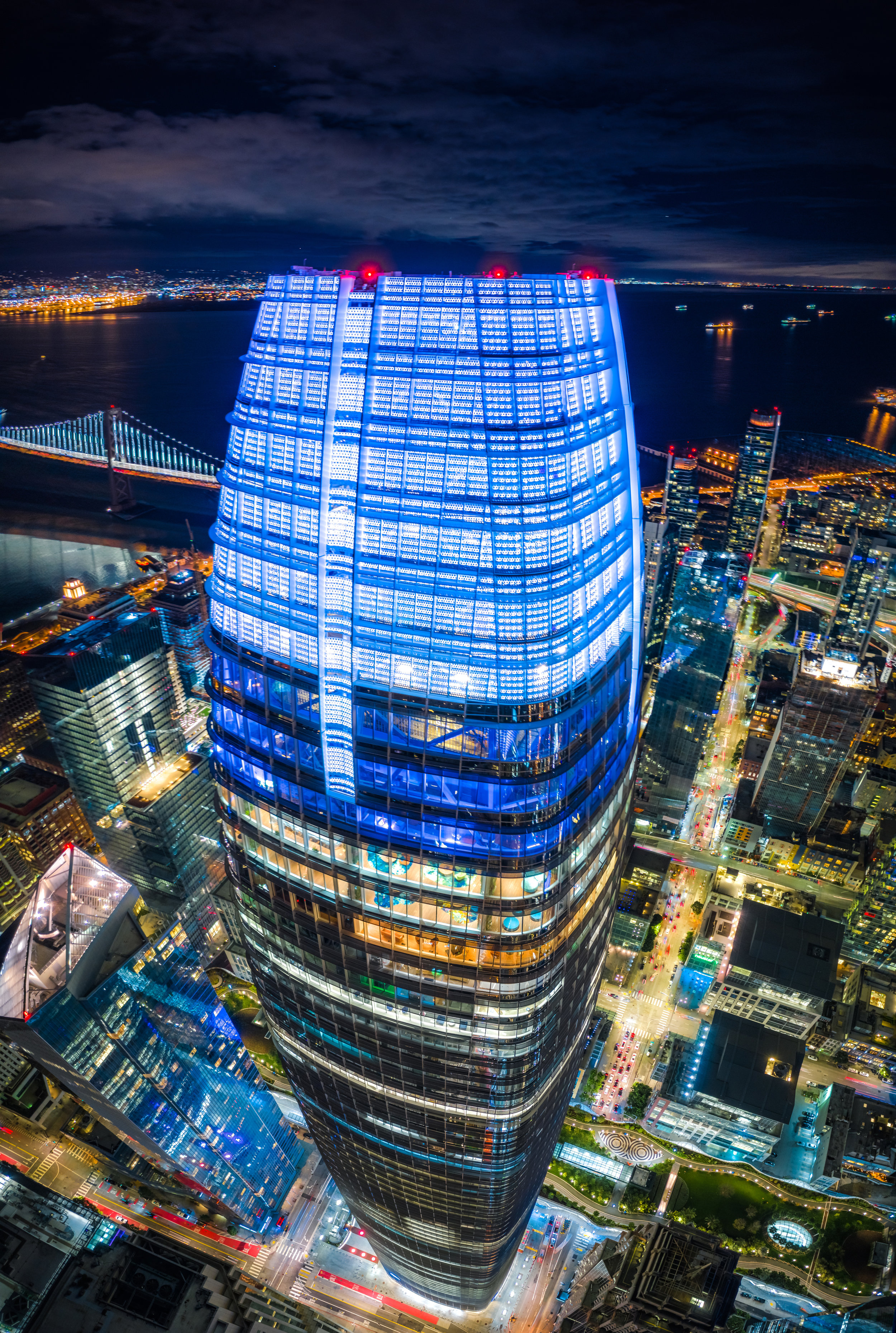 salesforce-tower-edits-1.jpg
