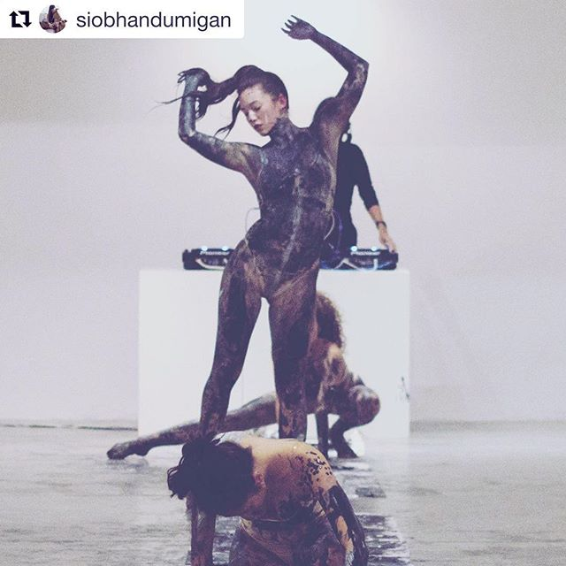 """@siobhandumigan (pictured, standing) will be performing at #originonstage this Friday 3 Mar 💙...an original solo dance movement in conversation with artist @jacariniophelia's current exhibition """"ORiGIN"""" on movement, states of falling and suffering reimagined in light-filled chakra hues, our subconscious selves and liberating the human form 🖐🏼solo dance performances with wine by @bottlesxo🖐🏼 Thu 2 Mar 2017 7-9pm @jingely #JessieJing Fri 3 Mar 2017 7-9pm #siobhandumigan  #LIGHTSTAGEgallery 📸: @camillawphotography at #IAMrebirth #iamxlightstage (2017) reposting with love"""