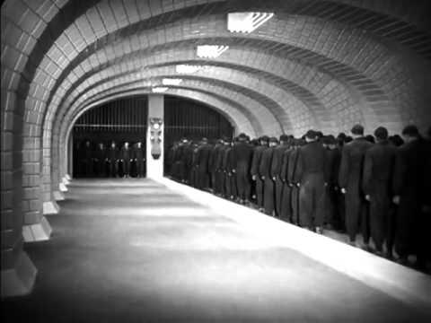 Still from opening scene of Fritz Lang's  Metropolis , 1927