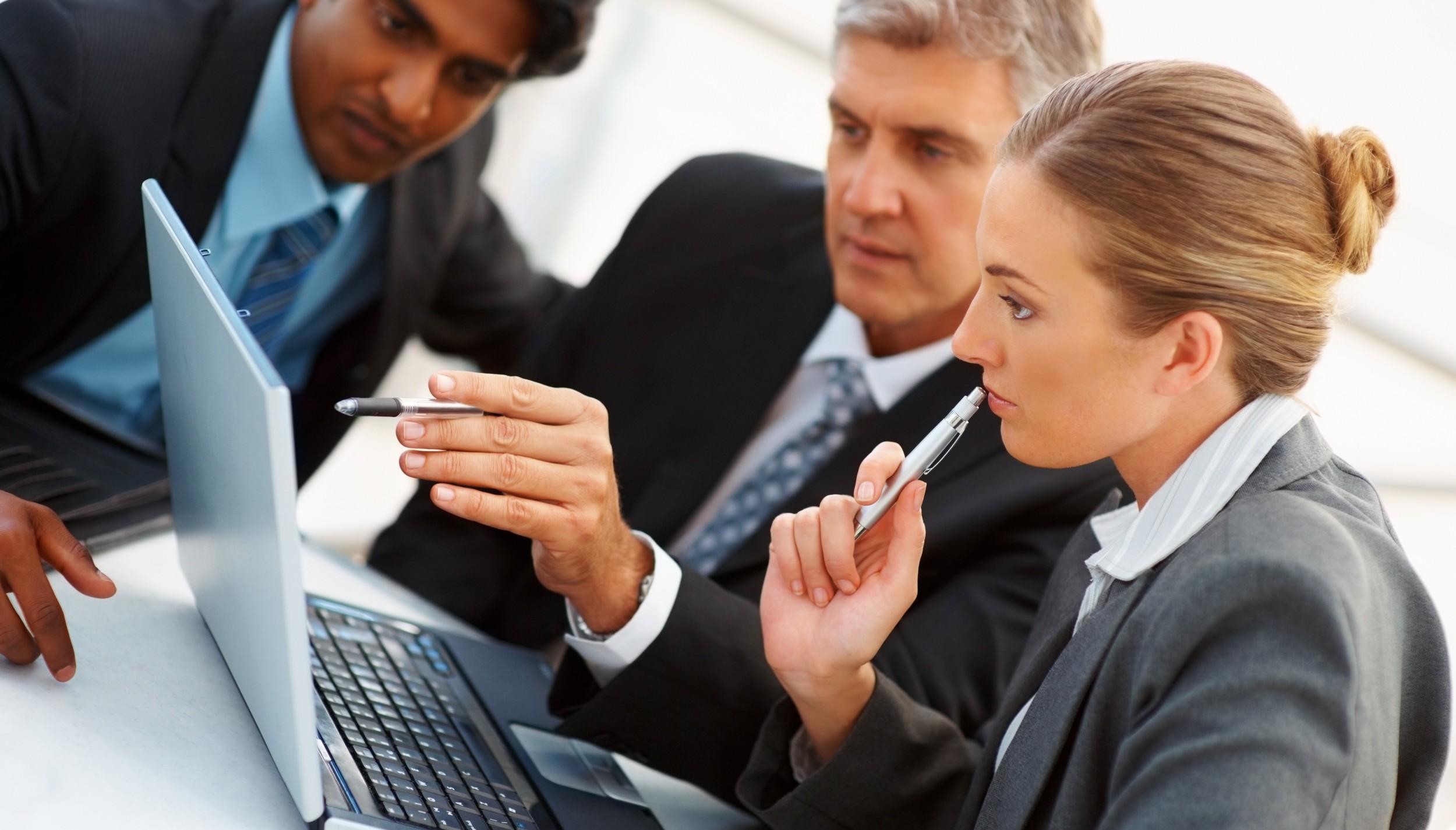 Business-meeting-photo-website-IDI-e1375141940267.jpg