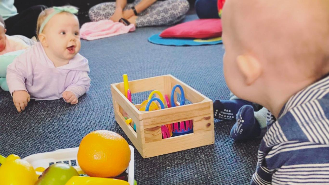 Babies playing - Boppin Babies