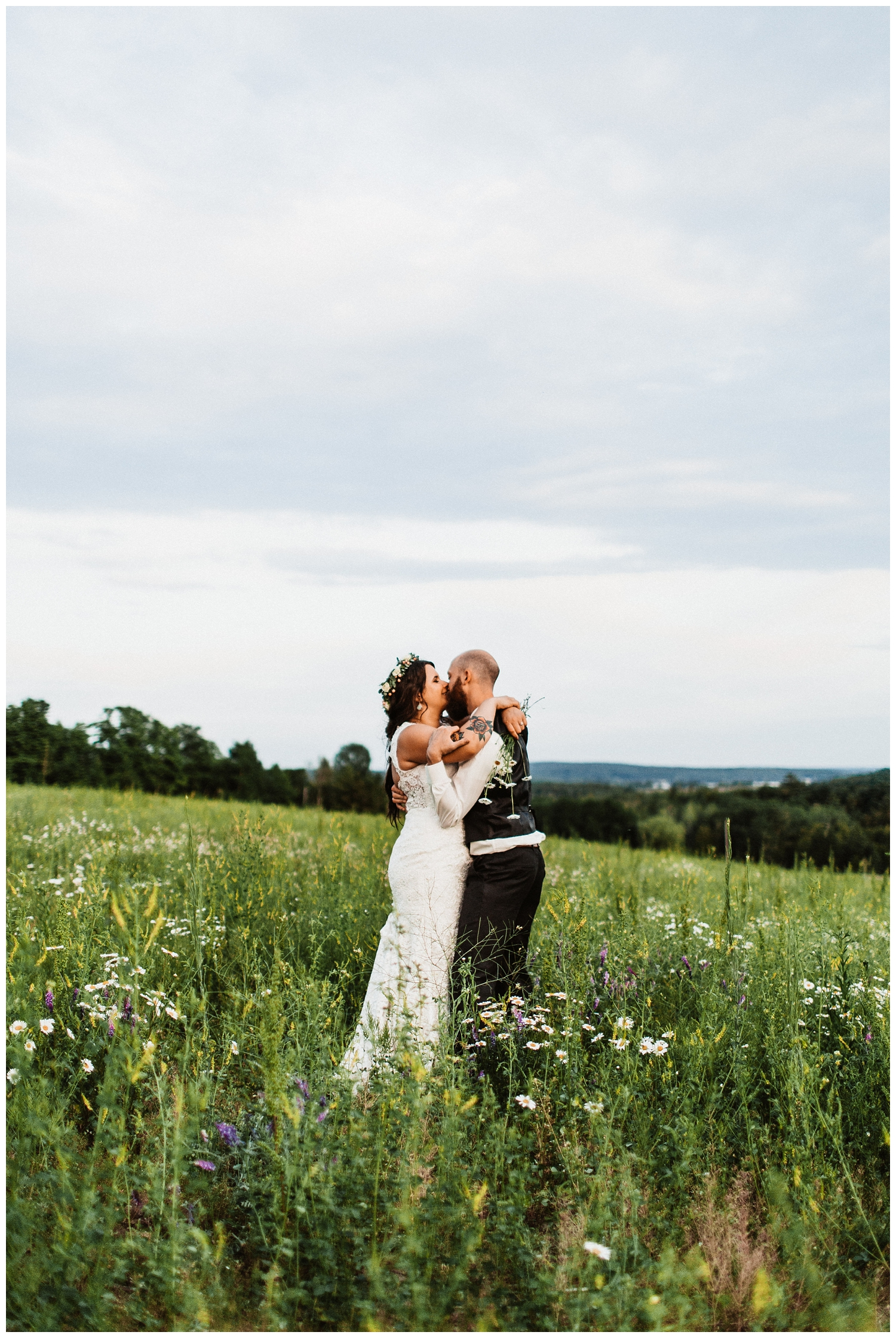 Northern_Michigan_Vineyard_Wedding_Nashville_Wedding_Photographer0115.jpg