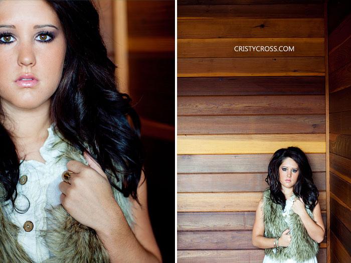 senior-photos-of-nicole-kennedy-in-clovis-new-mexico-by-portrait-photographer-cristy-cross-2.jpg