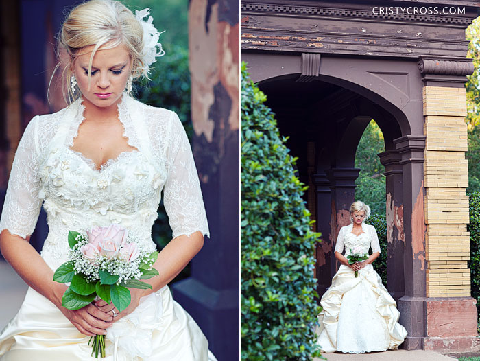 kristens-bridal-session-in-oklahoma-city-at-heritage-hills-taken-by-clovis-wedding-photographer-cristy-cross-2011_4.jpg