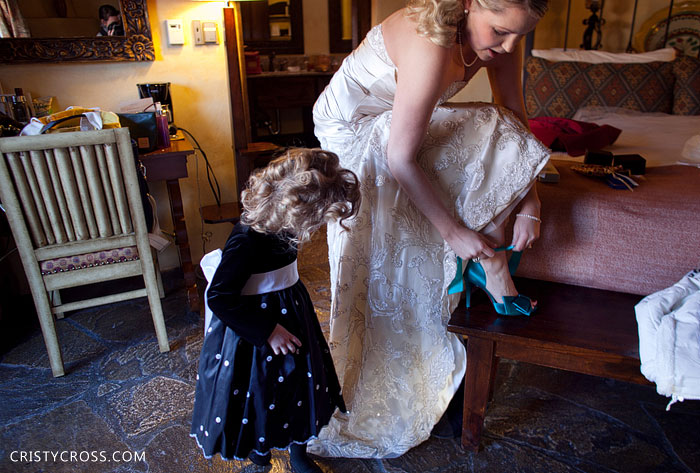 michael-and-megan-whites-wedding-by-clovis-wedding-photographer-cristy-cross-at-la-posada-in-santa-fe-new-mexico2011_10.jpg