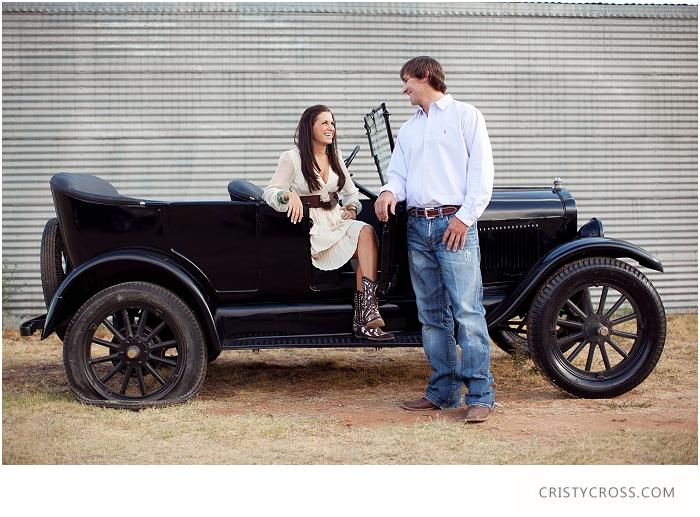 lindsey-and-kelbys-engagement-shoot-by-clovis-wedding-photographer-cristy-cross_003.jpg