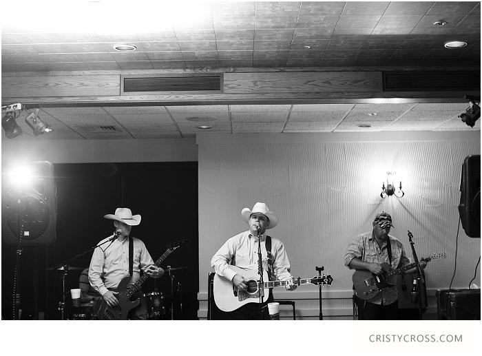 Kara-and-Brians-Kansas-Wedding-by-Clovis-Wedding-Photographer-Cristy-Cross__049.jpg