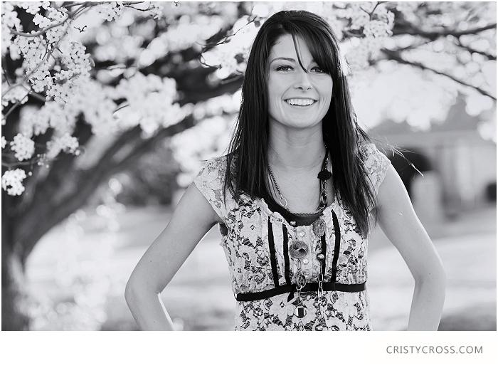 Chelseas-Springtime-High-School-Senior-Portraits-taken-by-Clovis-Portrait-Photographer-Cristy-Cross_080.jpg
