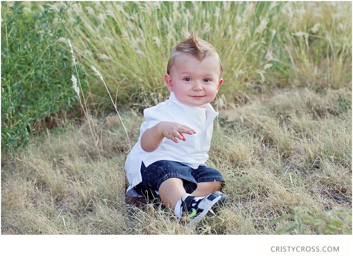 Baby-Aaron-turns-one-clovis-new-mexico-family-session-taken-by-Clovis-Portrait-Photographer-Cristy-Cross_014.jpg