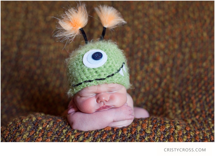 Holden-Scarbroughs-newborn-session-in-Clovis-New-Mexico-taken-by-Portrait-Photographer-Cristy-Cross__010.jpg