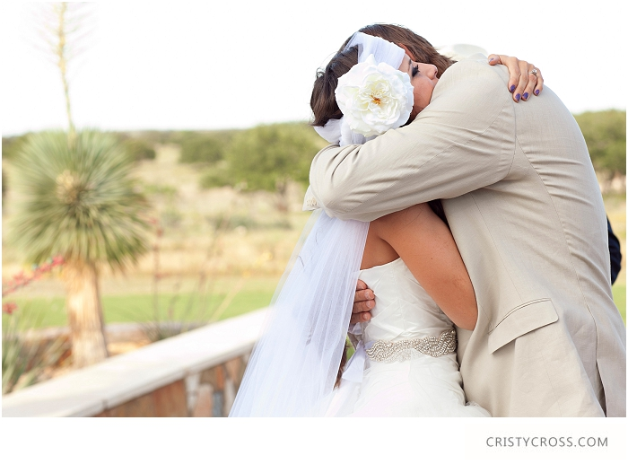 Lindsey-and-Kelbys-Hill-Country-Wedding-taken-by-Wedding-Photographer-Cristy-Cross__048.jpg