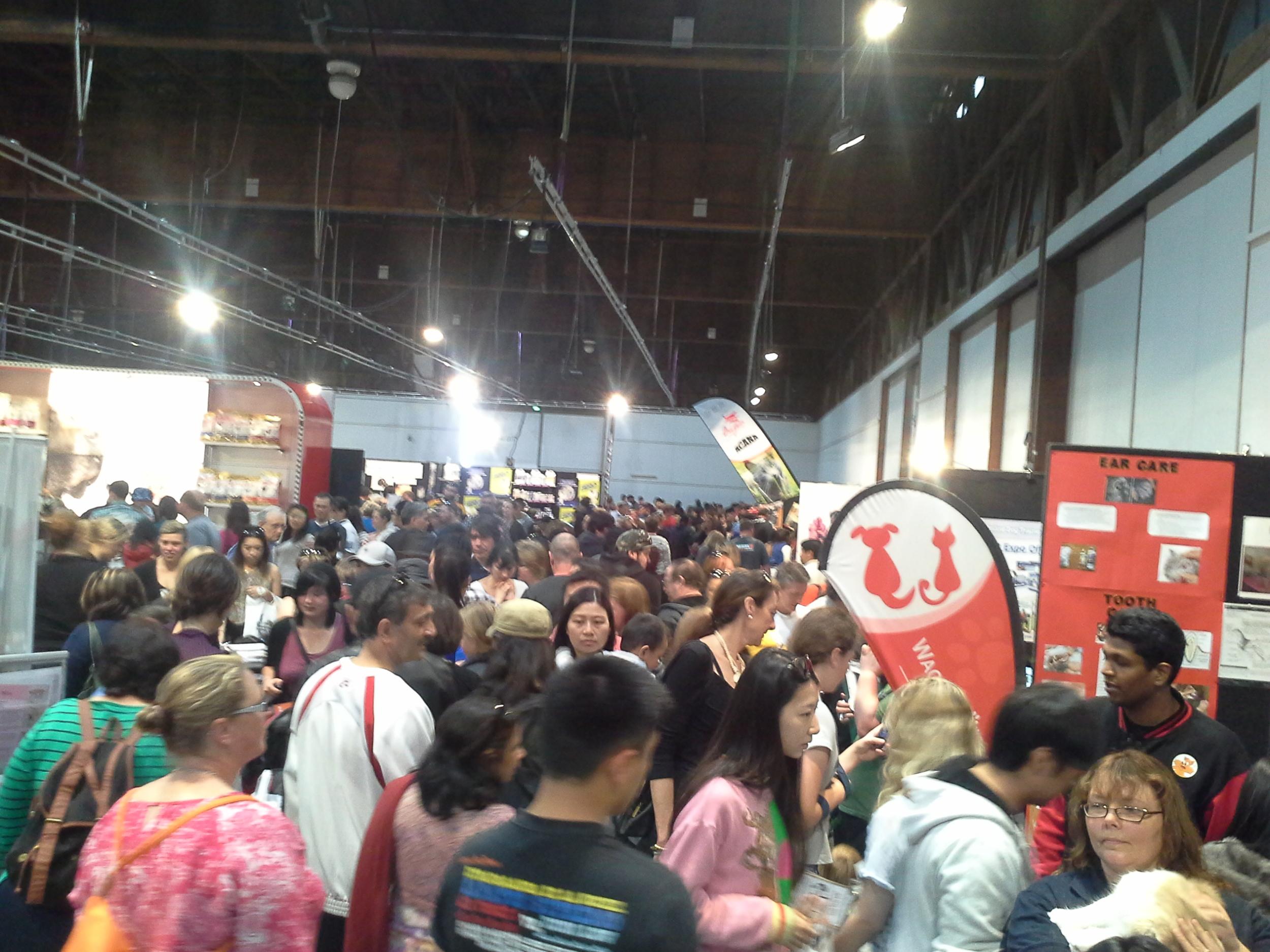 Pet Expo 2015 (Crowds).jpg