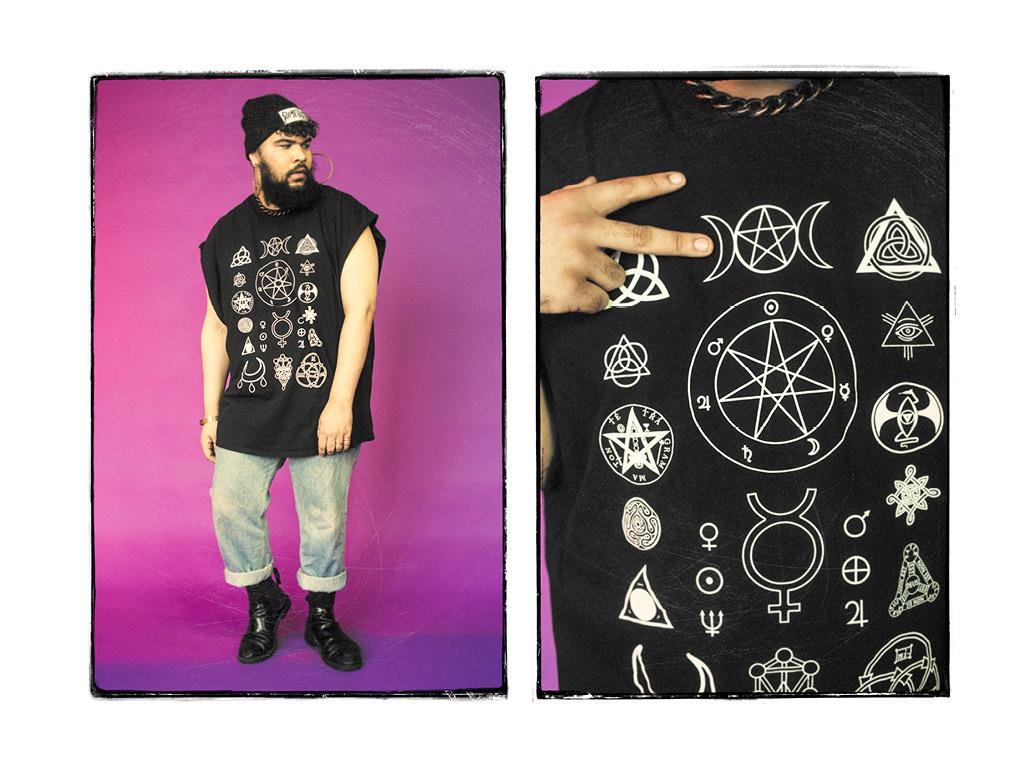 Beanie by Dimepiece, T-Shirt from Witch Worldwide.