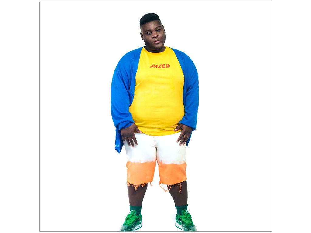 Dip-Dyed Wrangler Denim Shorts, Nike Air Force-1. Cardigan is vintage, T-Shirt from ASOS.