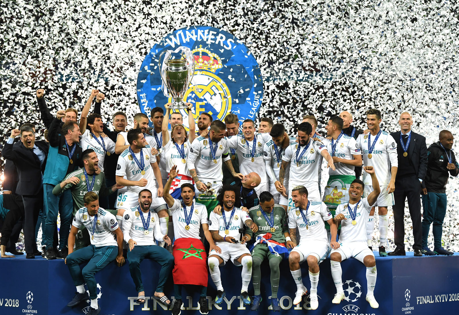 Real Madrid celebrate their 2018 Champions League title (David Ramos/Getty Images).