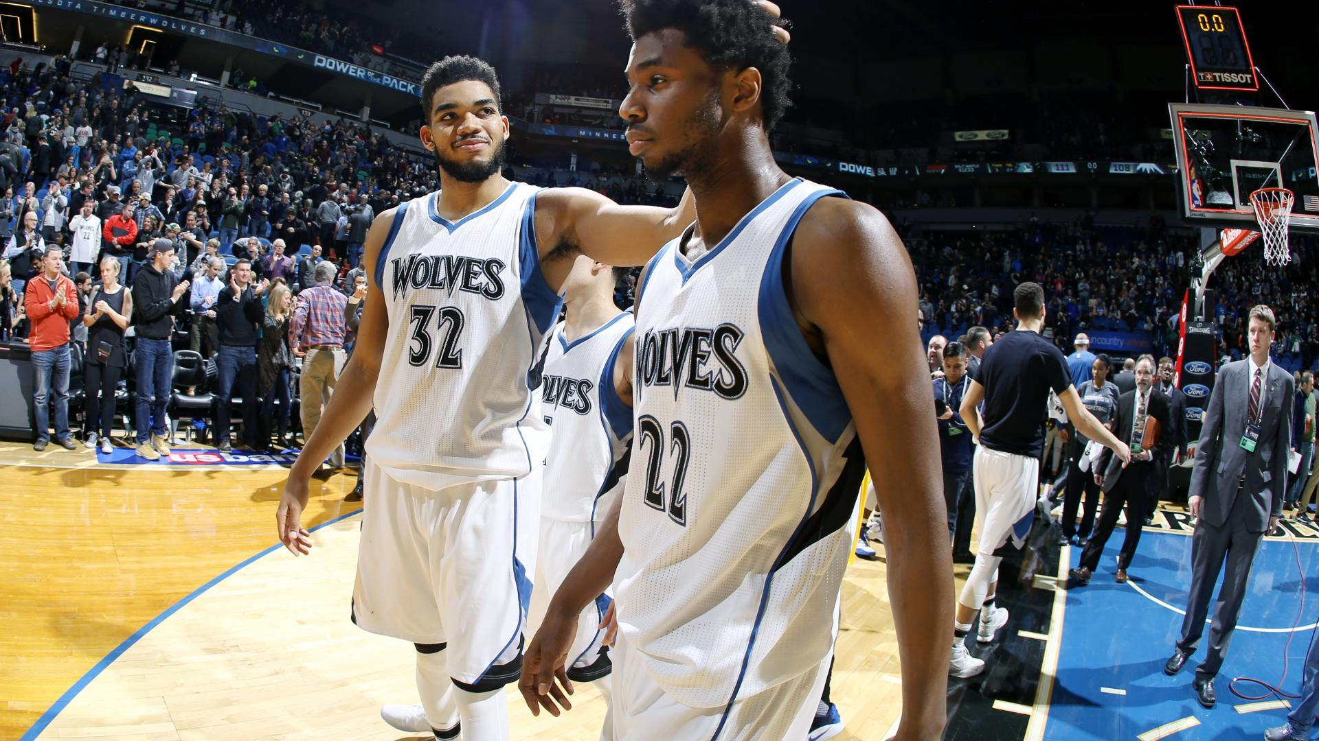 """Wiggins & Towns - Do they have """"the dog"""" in them?"""