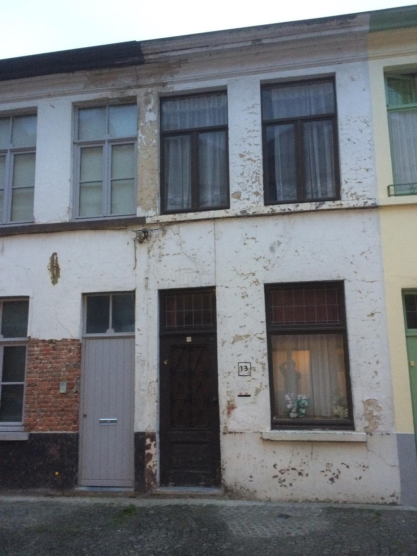Totaalrenovatie Brugge voor.jpg