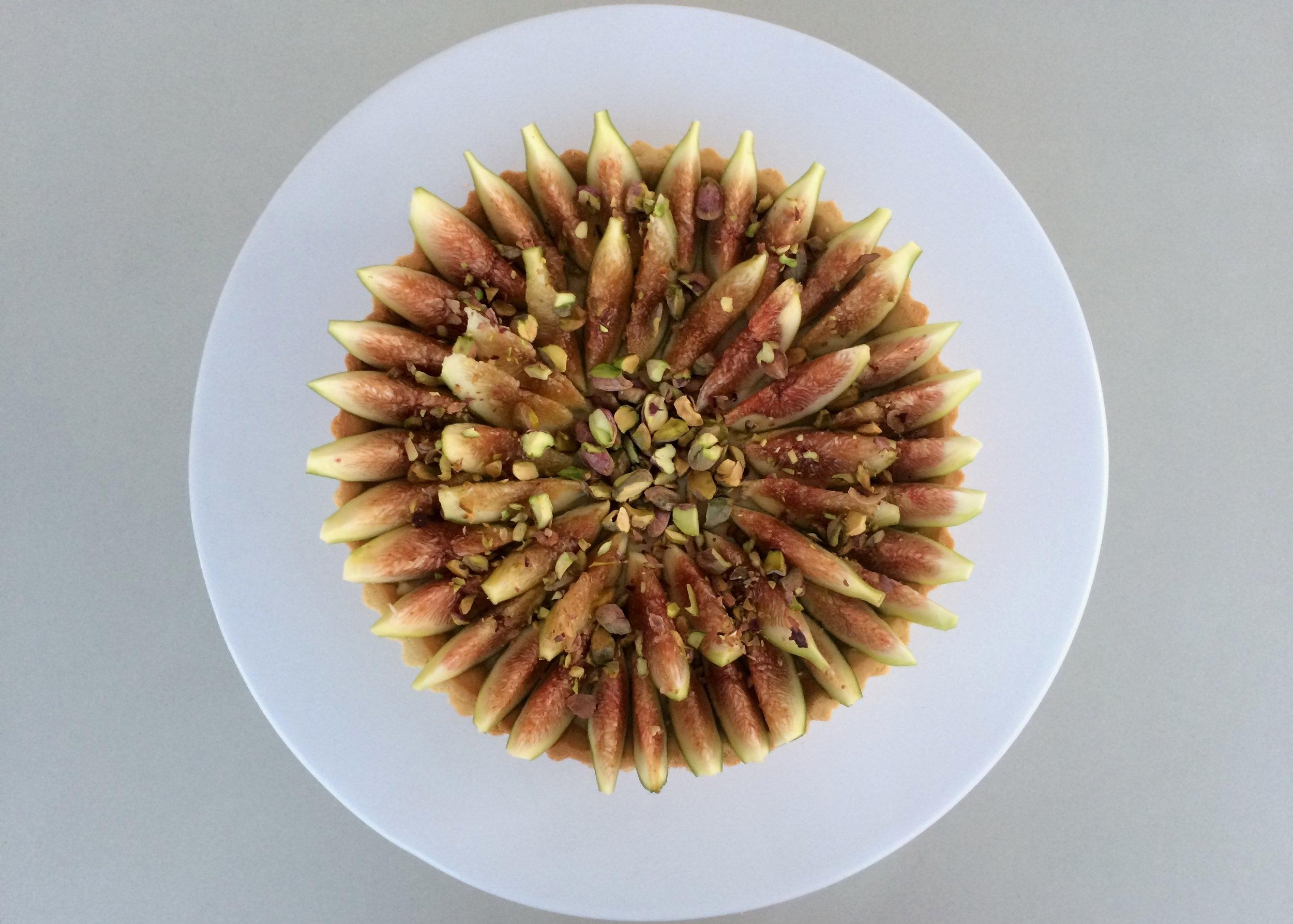 Tarte de figo e pistáchio