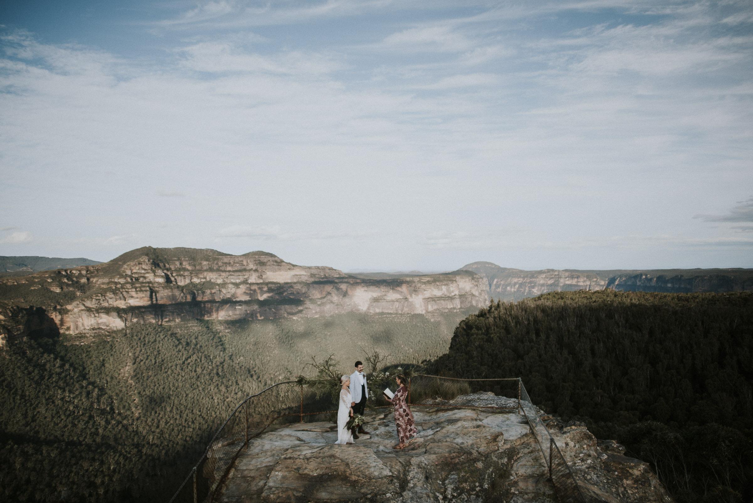 Amber_Johnny_Blue_Mountains_Elopement_Anteloping-45.jpg