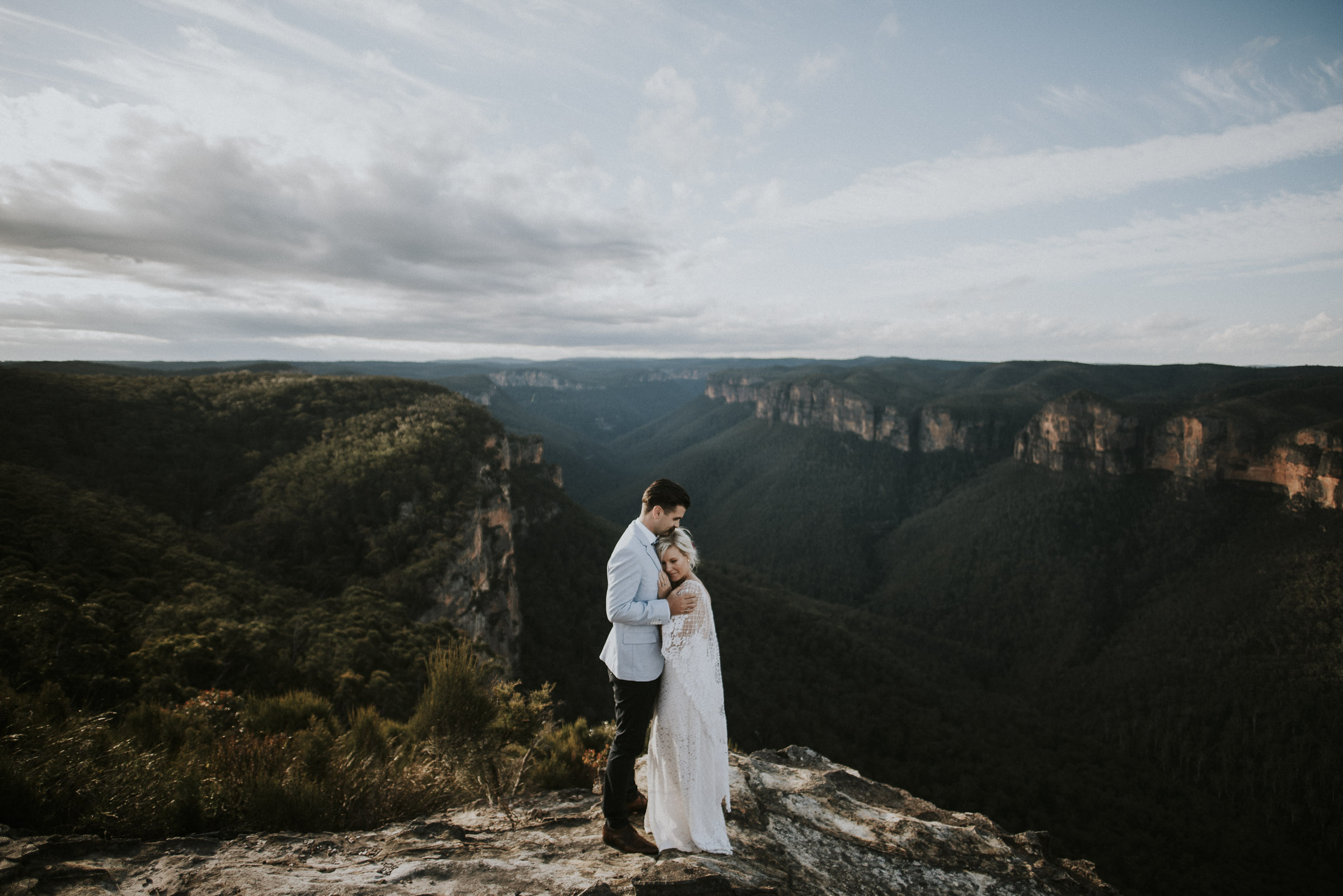 Amber_Johnny_Blue_Mountains_Elopement_Anteloping-57.jpg