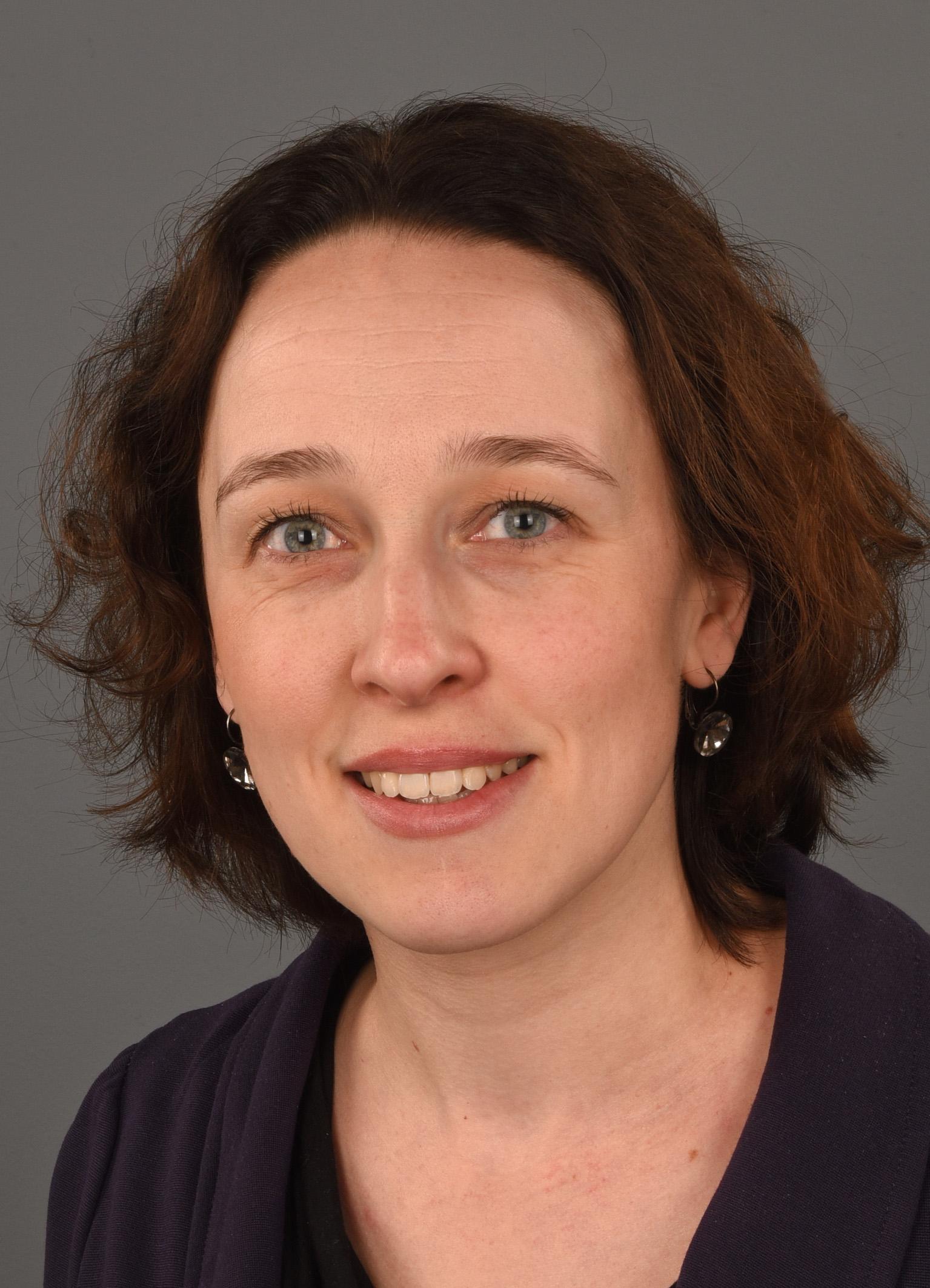Drs. Paula van Lümig