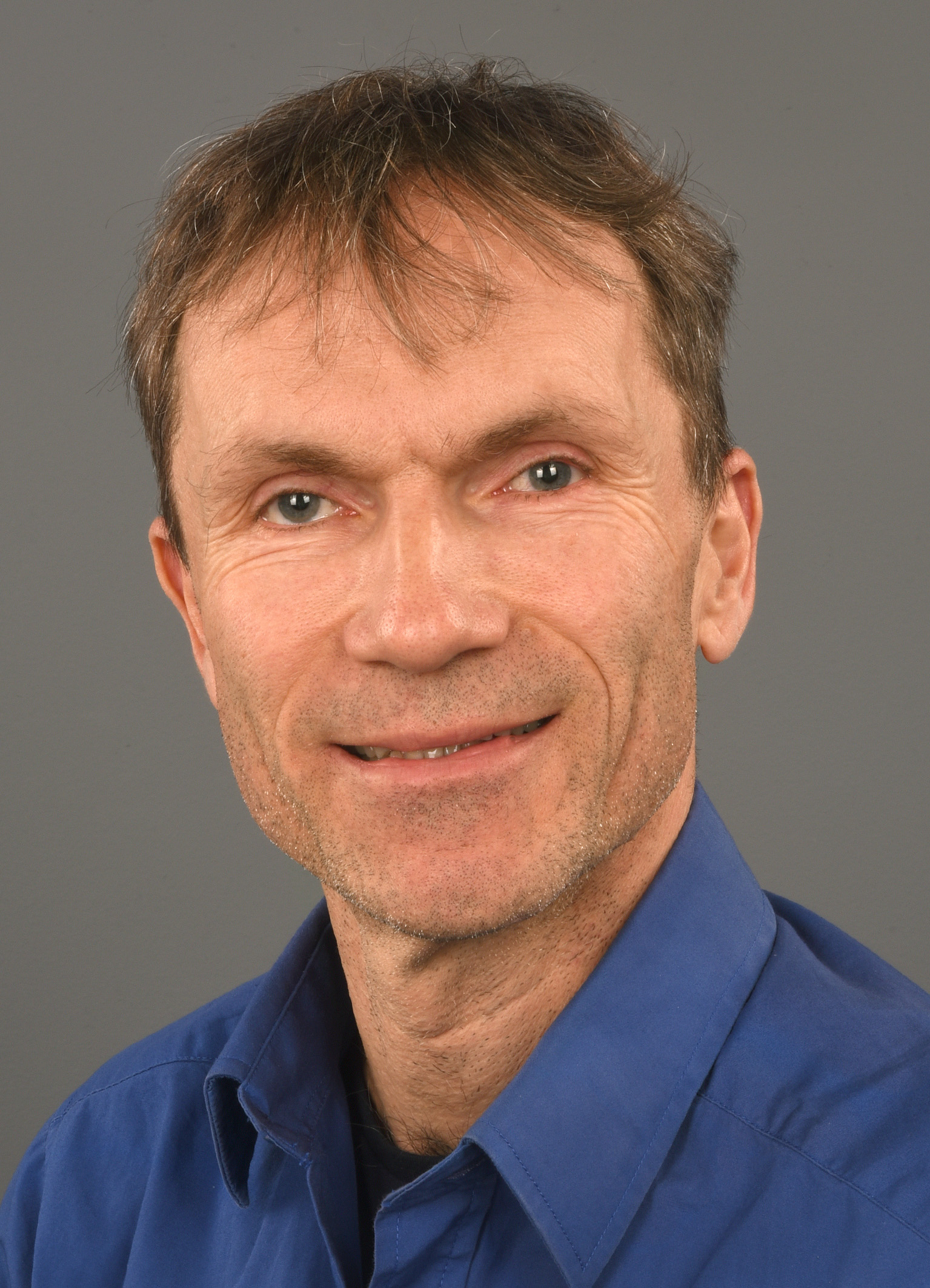 Dr. Paul Willems