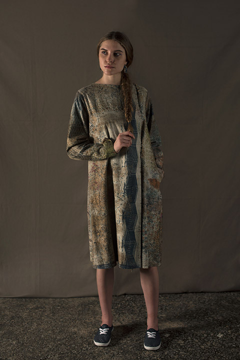 Hand Painted Coat Blue Gold : Ycthpaj17
