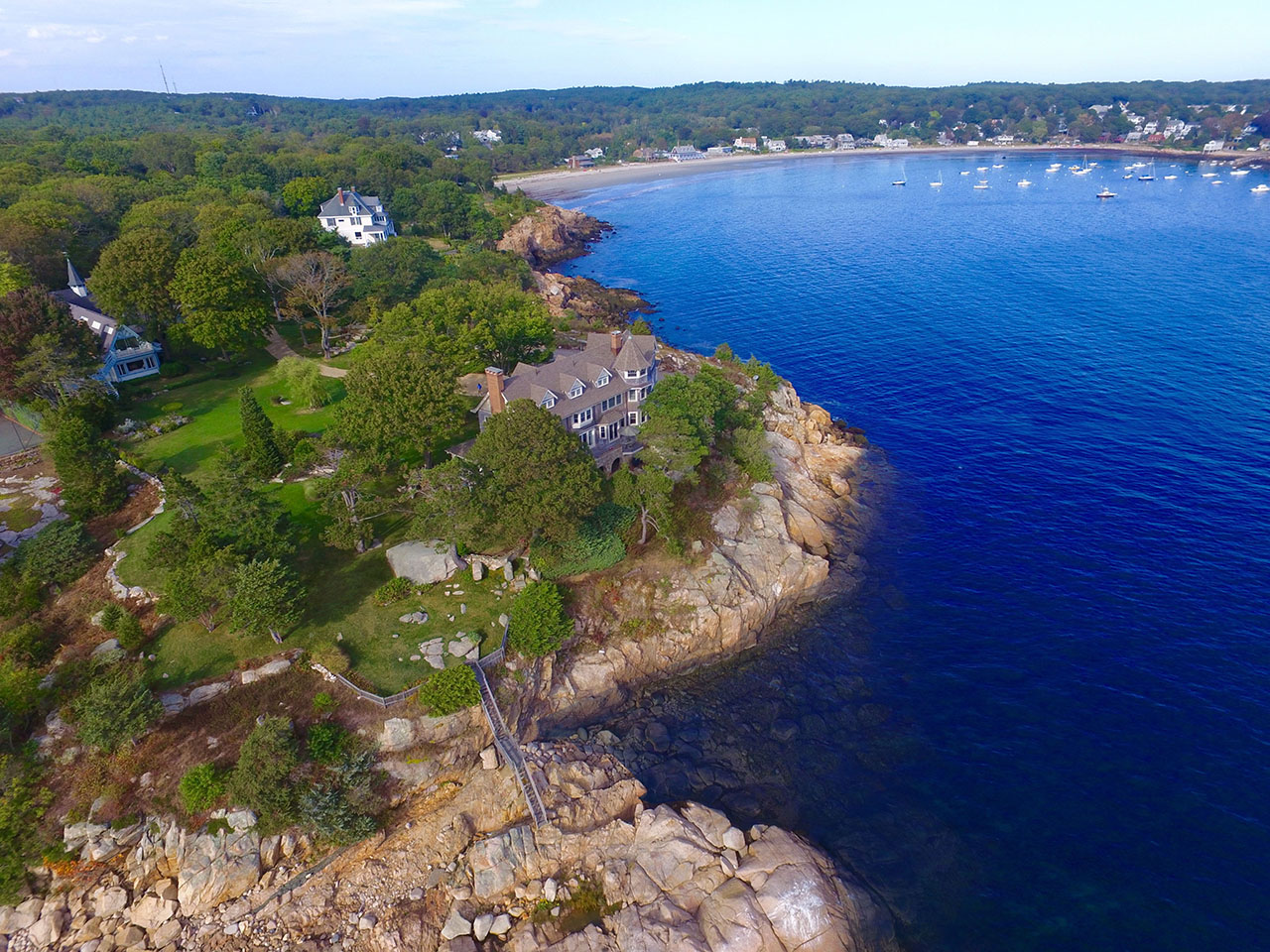 As if taking on the role of a sentinel, Kettledrum overlooks Kettle Cove, Kettle Island, and the open waters of the Atlantic Ocean keeping watch on paddleboarders, kayakers, sailors, and lobstermen as they pass by.