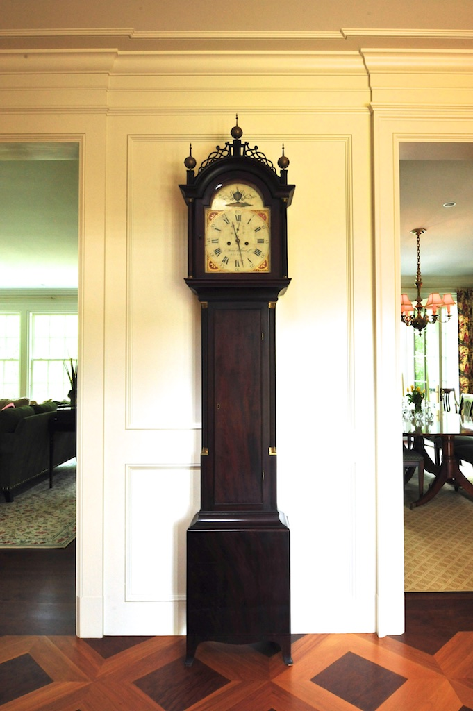 As soon as you enter the foyer, this beautiful clock greets you. - Photo: Cheryle St Onge