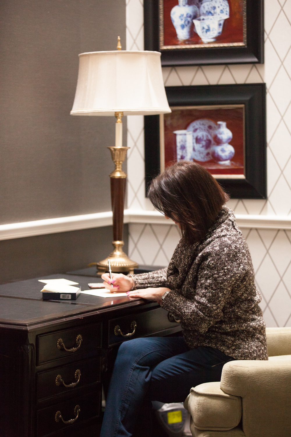 Writing a quick thank you note during my visit to the Viking Hotel in Newport, Rhode Island 2016  Photo Emily O'Brien Photography