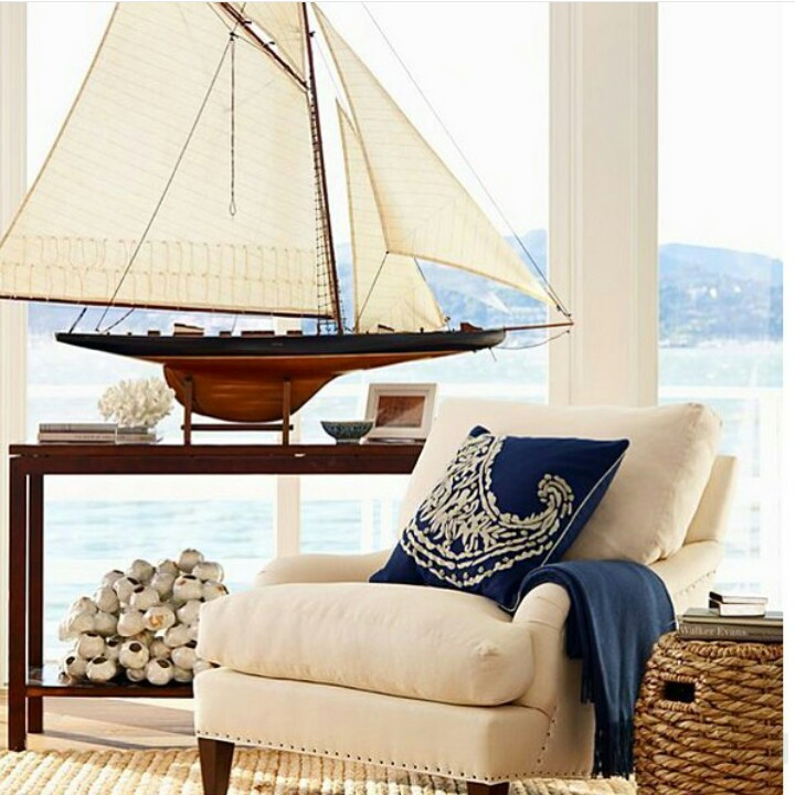 navy and cream nautical style room .jpg