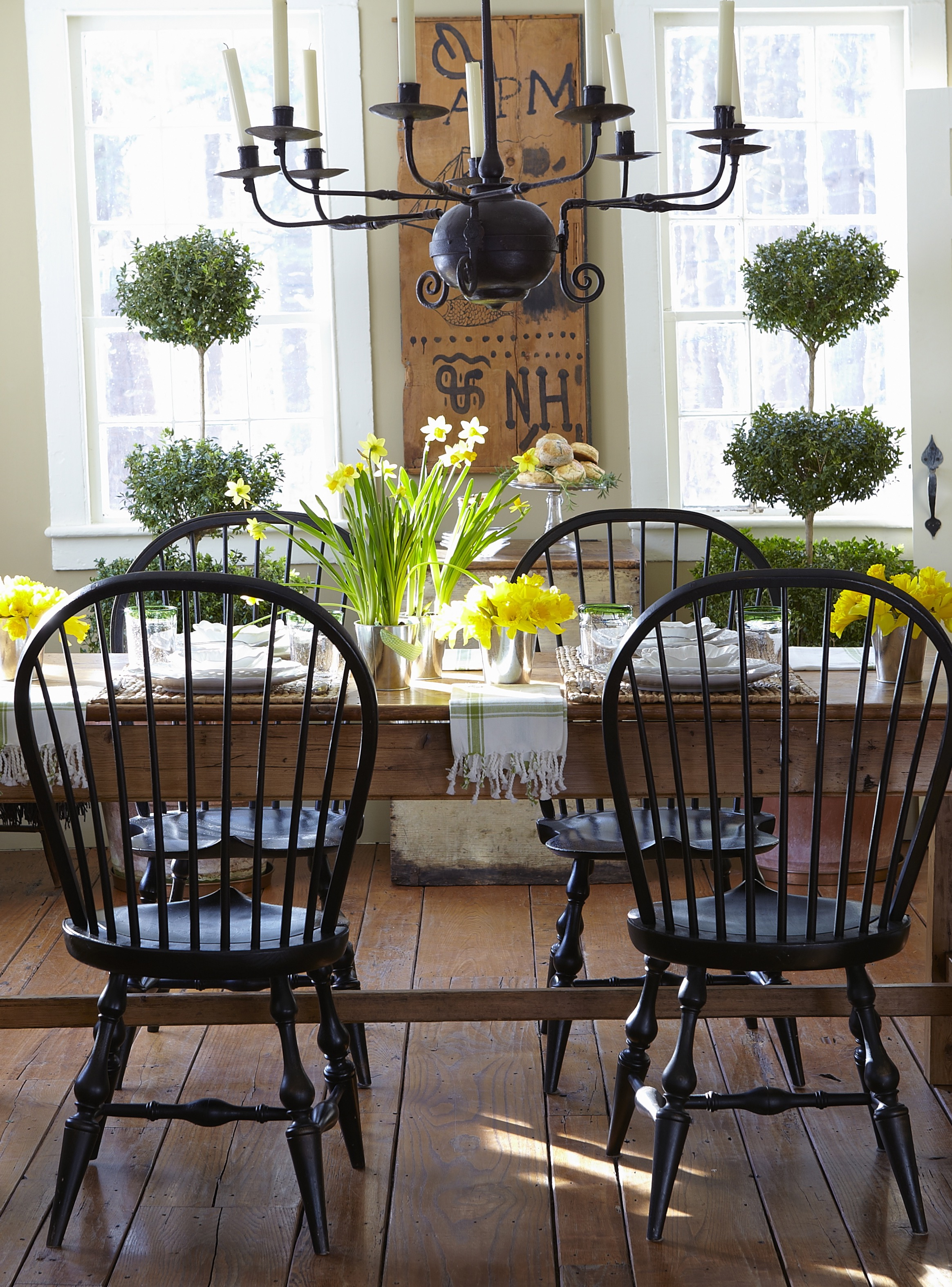 Farmhouse table setting black chairs
