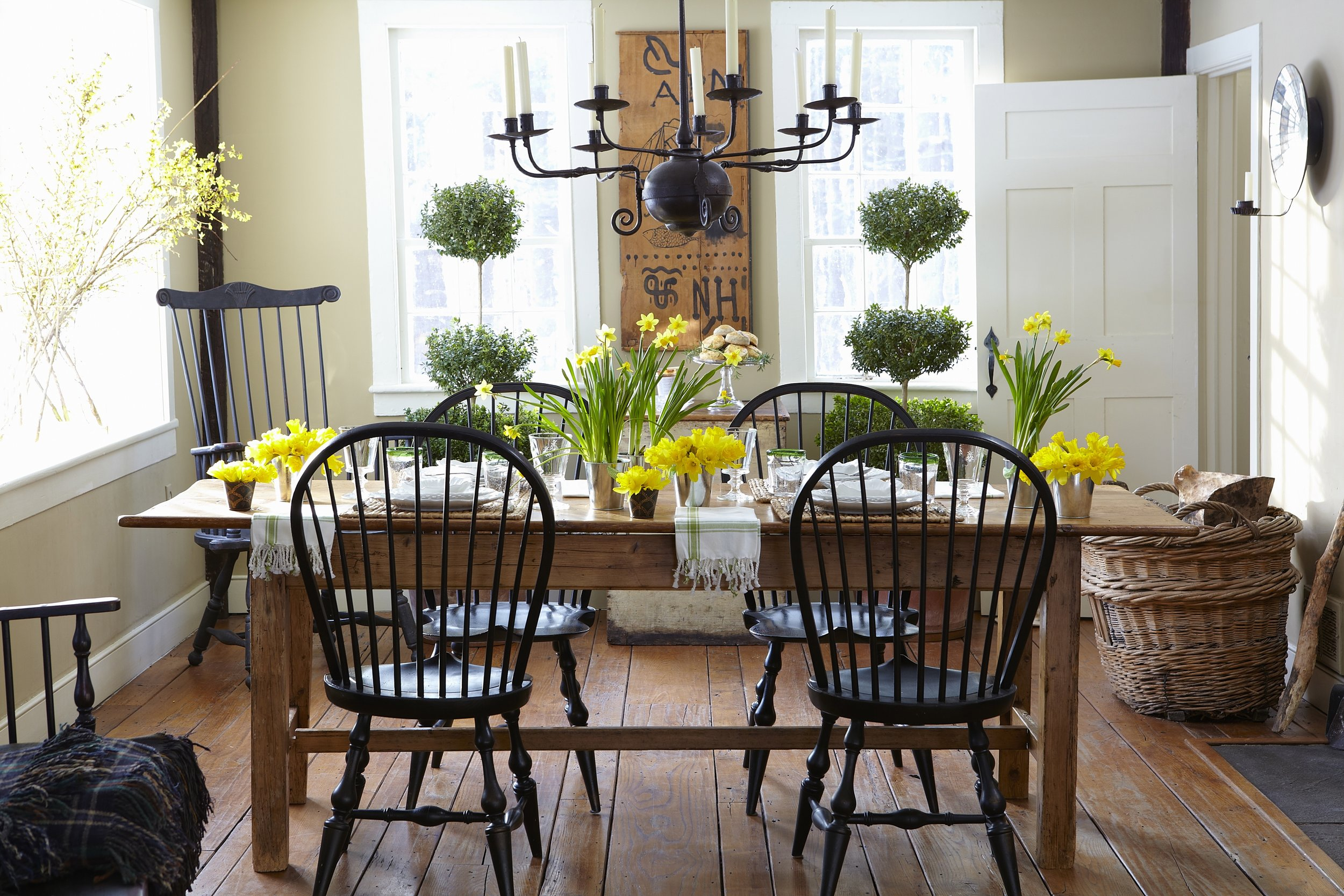 Country Farmhouse table with black chairs
