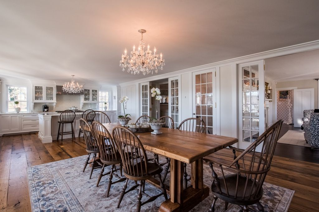 dining area off kitchen in historic home.jpg