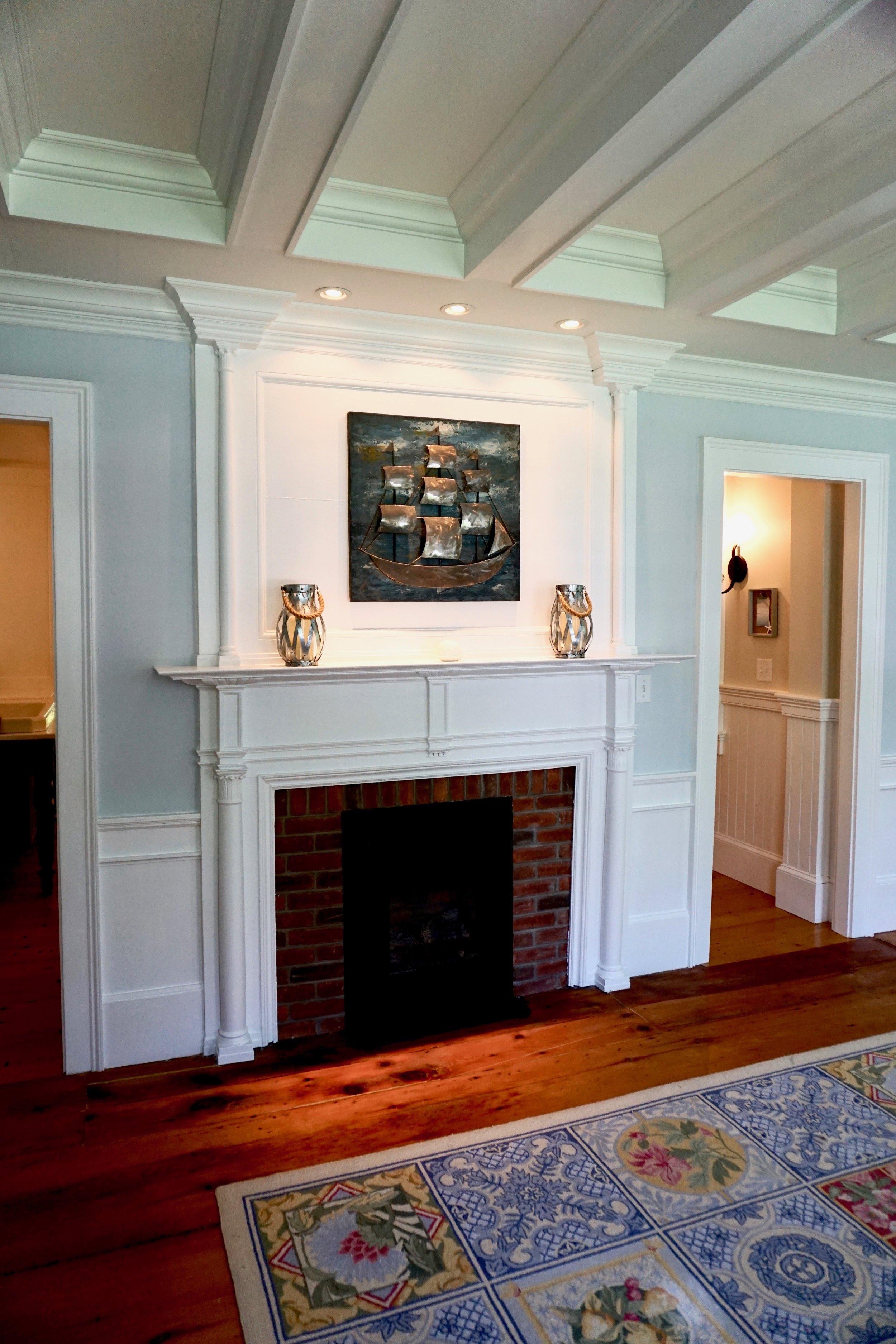 The Living Room - Photo Linda Smith Davis