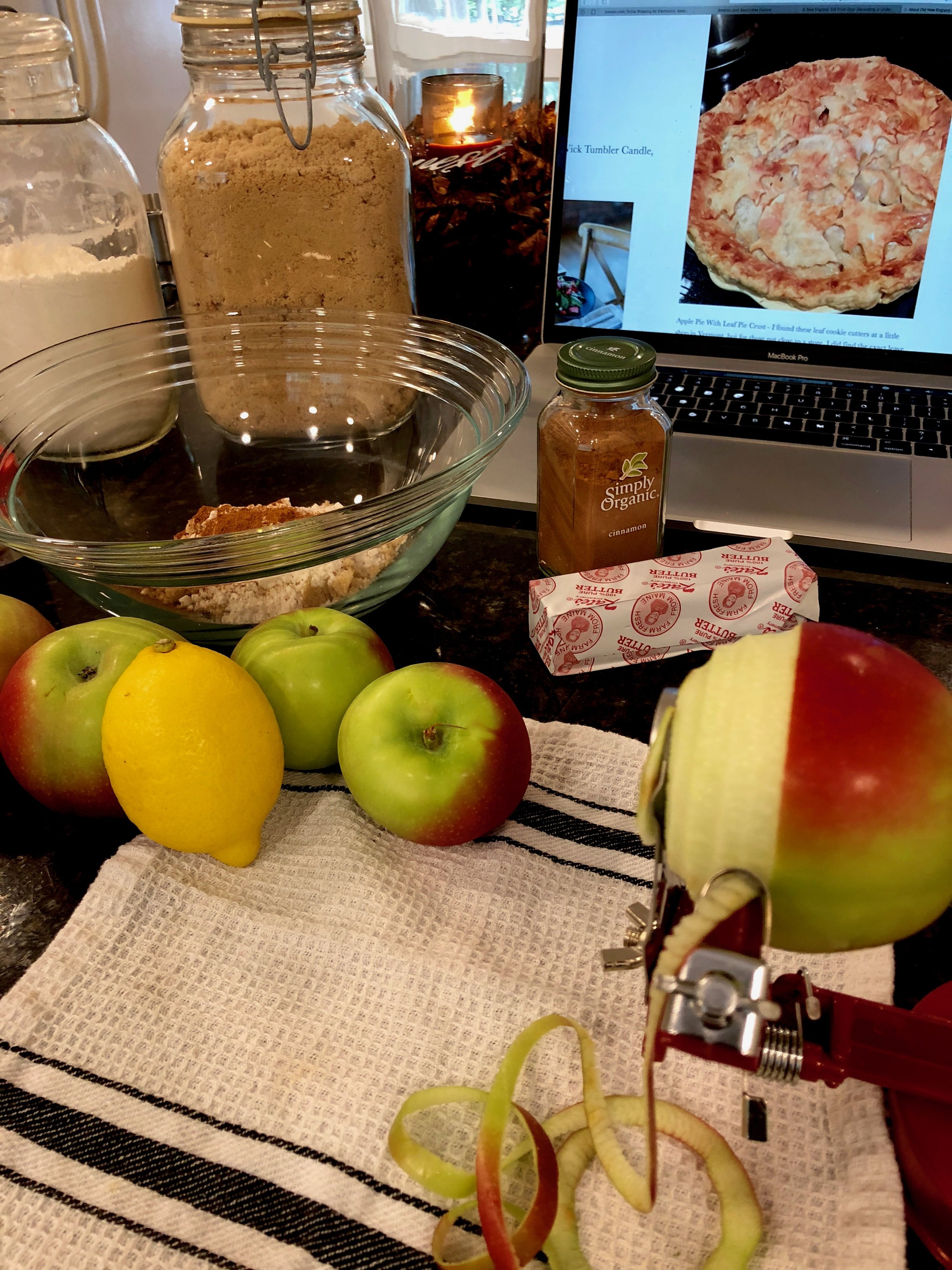 Apple pie making in New England