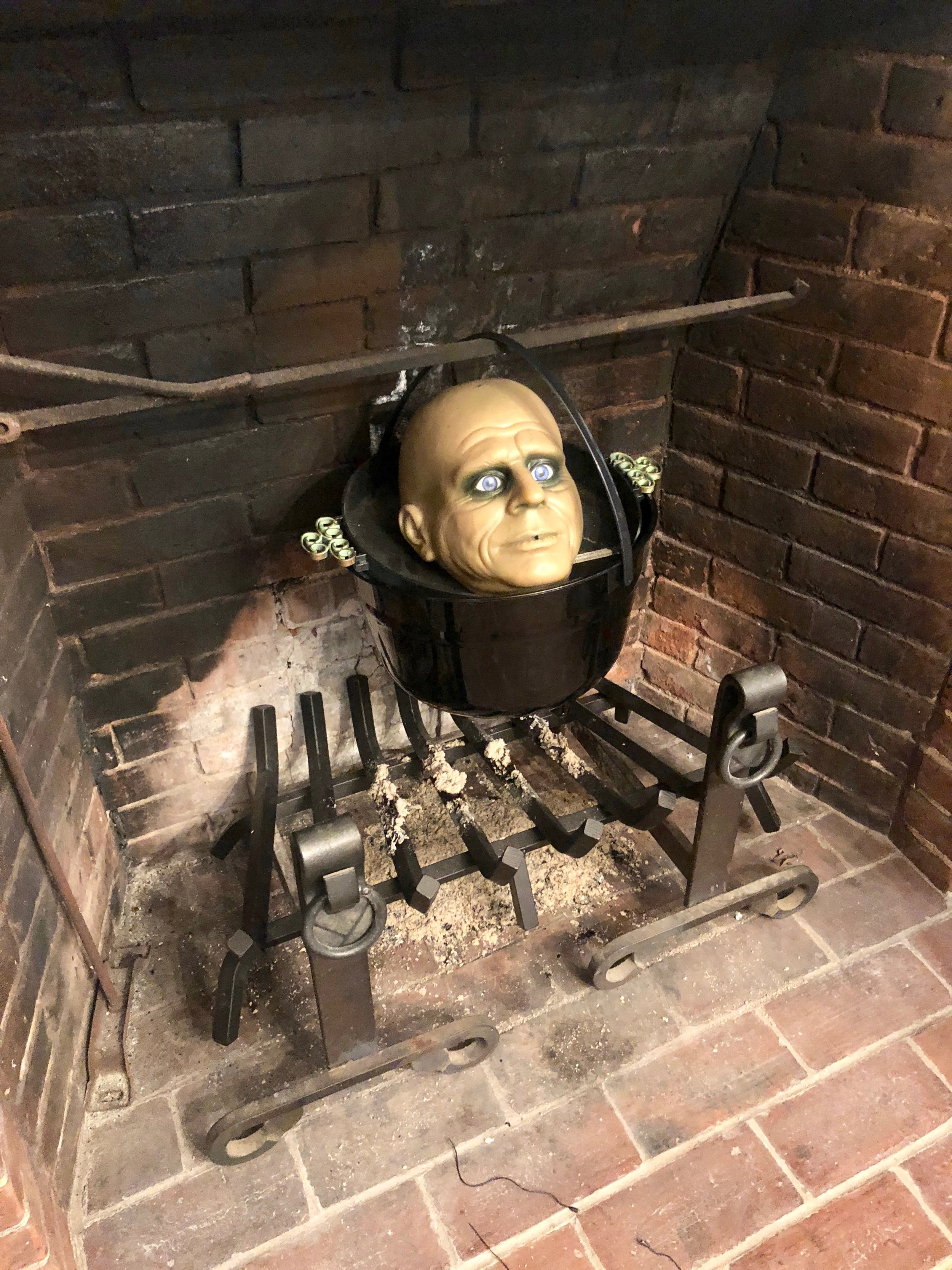 halloween decorating in an old home