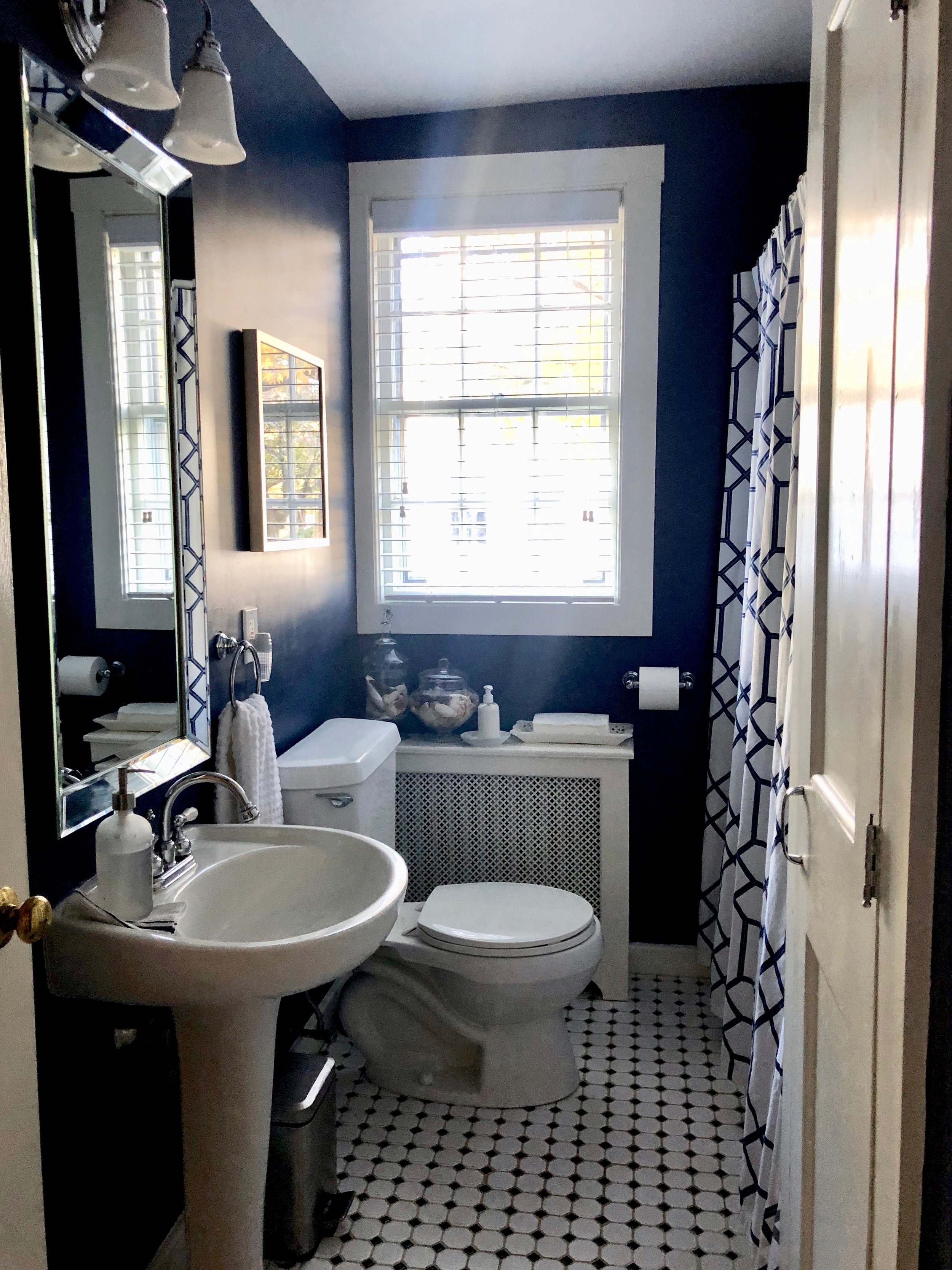 blue white and silver vintage bathroom